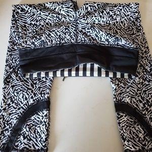 Lululemon black and white print capris